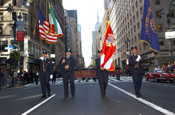 2004-10-11_Columbus_Day_Parade_Smith_046.jpg