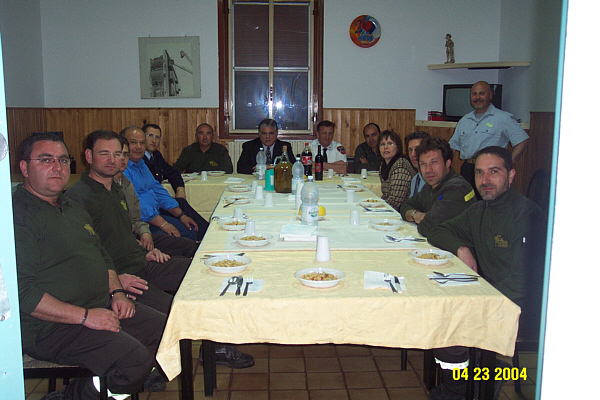 HavingDinneratVicttoriaFireStation.jpg