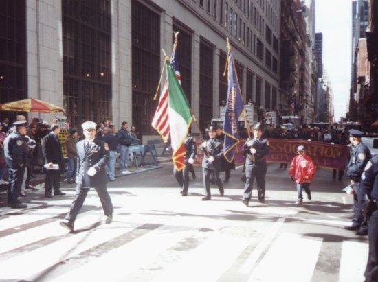 parade2000.jpg