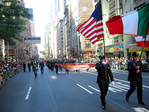 parade2004.jpg
